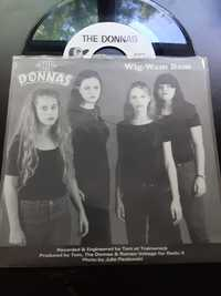 The Donnas / Groovie Ghoulies ‎– Wig-Wam Bam / Funny Funny - Gearhead Records - 1998